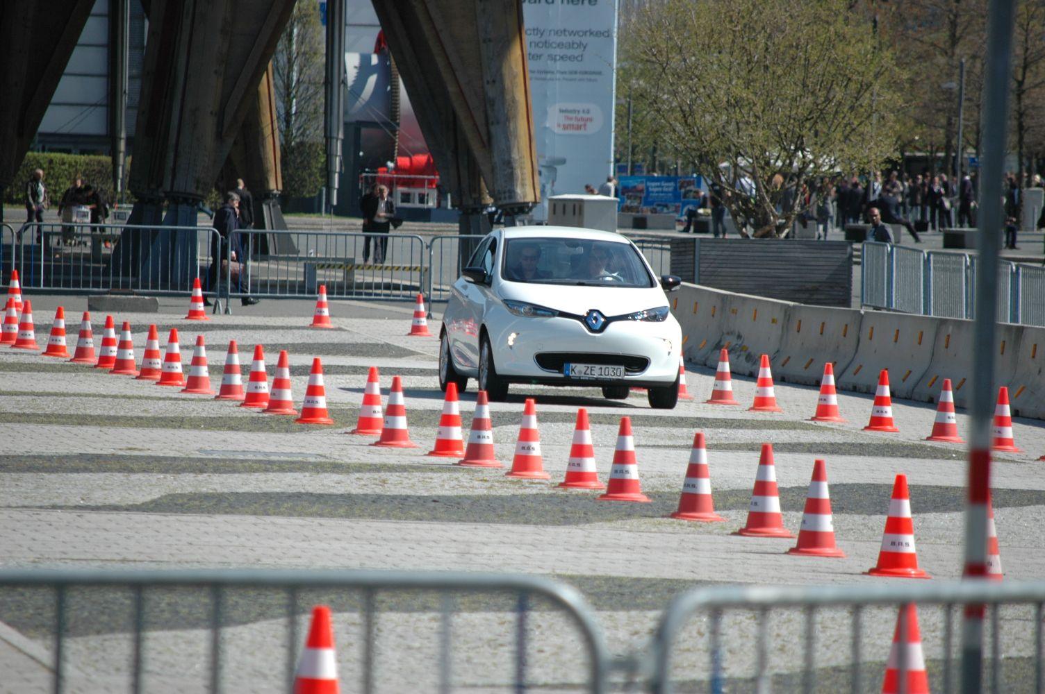Renault_Zoe_011