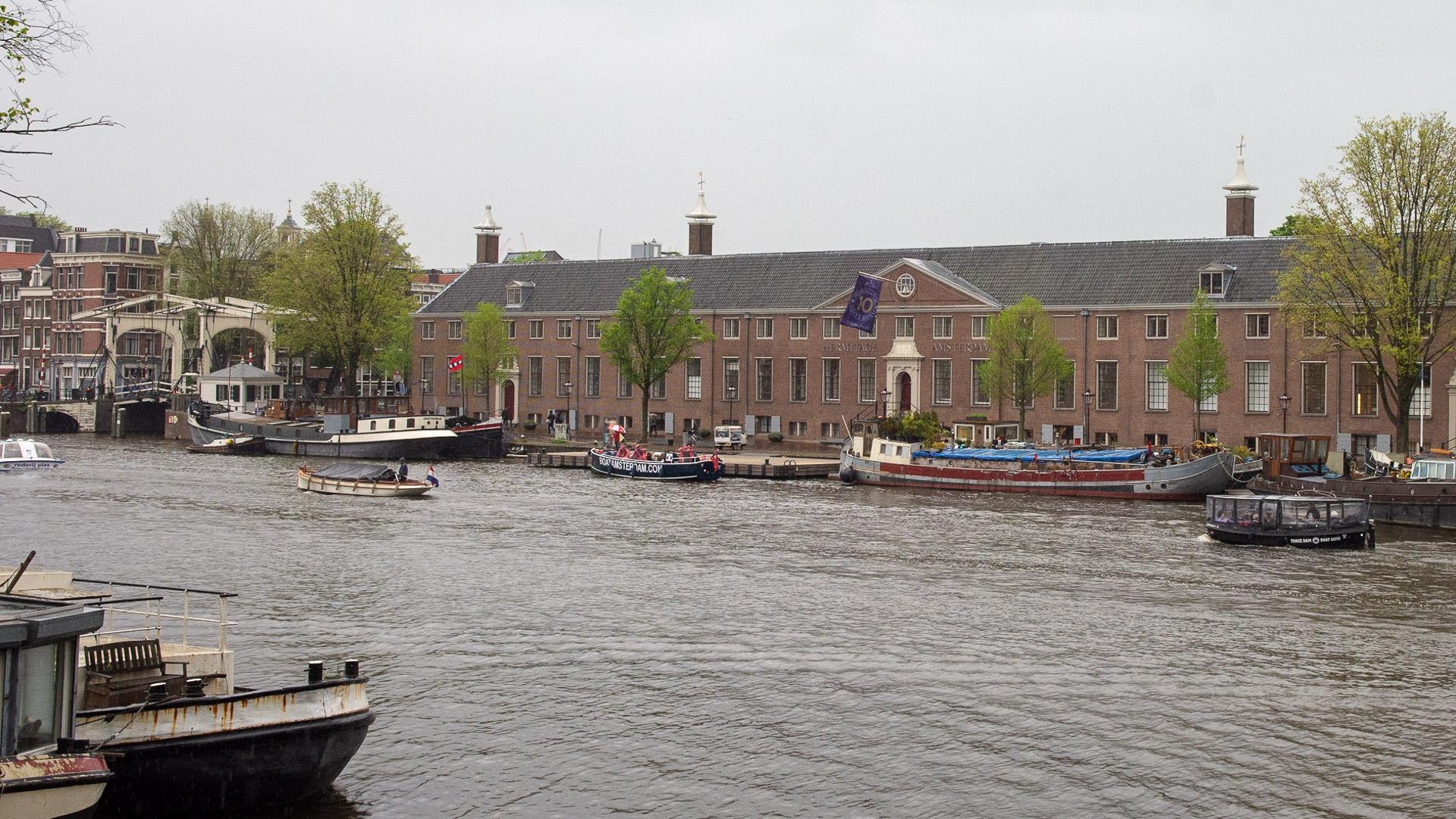 De Hermitage gelegen aan de Amstel in de grachtengordel
